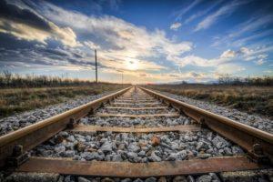 鉄道業界の平均年収